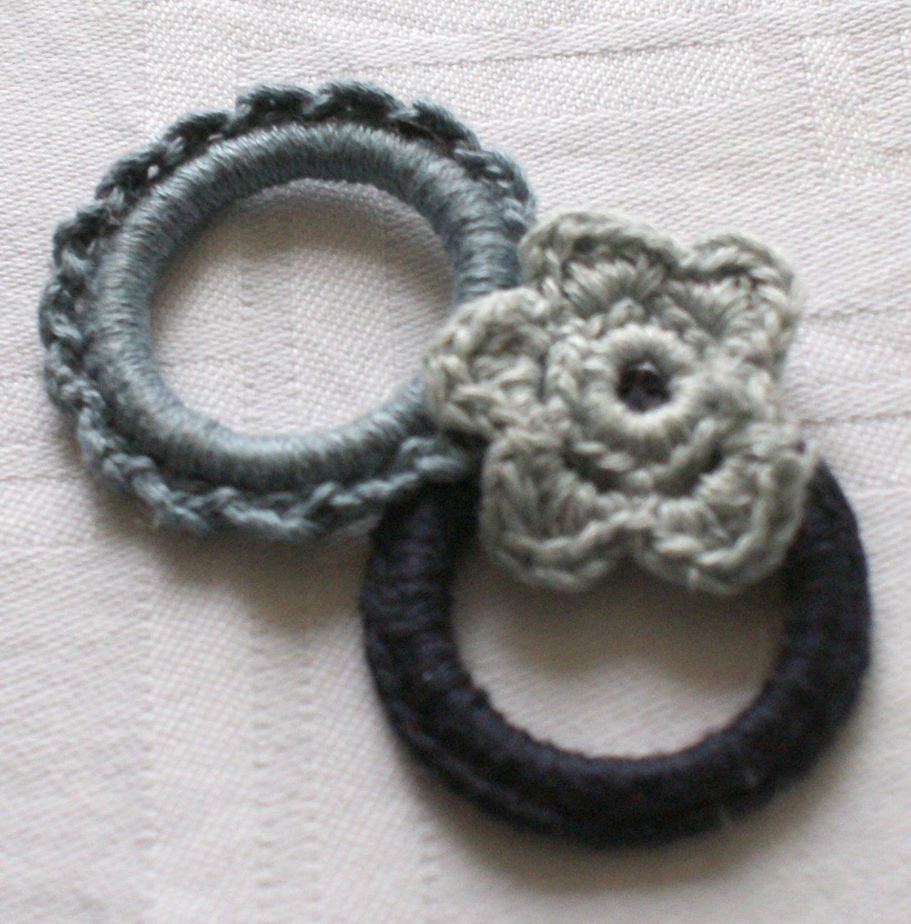 Broche au crochet crealididom